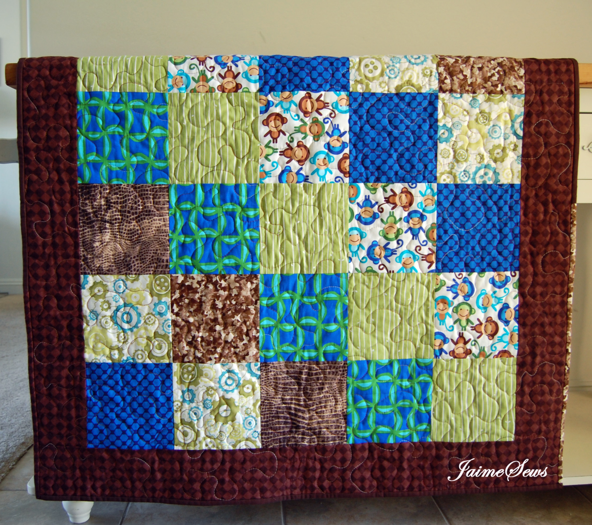 Quilt Patterns 4 Different Fabrics : Simple Quilt Tutorial - The Fabric Market