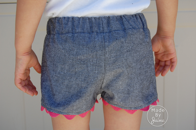 Coachella Shorts Pattern | Chambray from TheFabricMarket.com | MadeByJaime